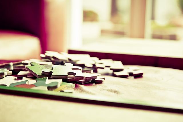 rozložené puzzle